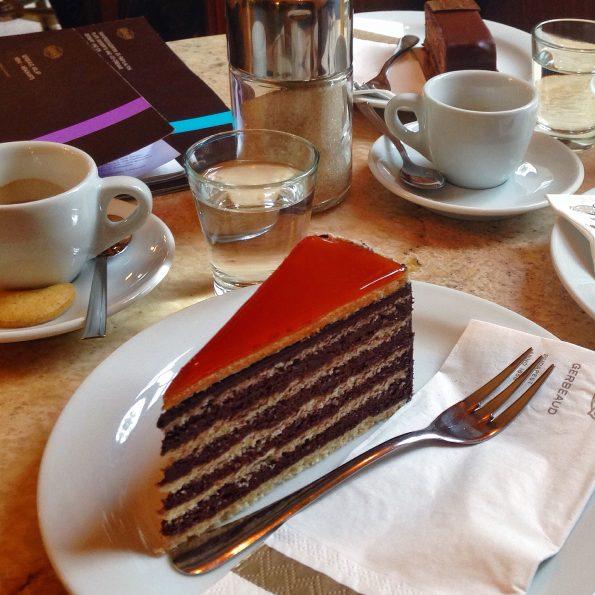 Torta Dobos... irrinunciabile!!