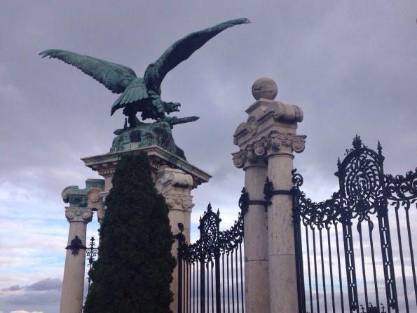 L'aquila imperiale, dettaglio del Cancello degli Asburgo.