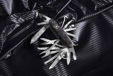 Victorinox Swiss Champ Damast is an exclusive limited edition handcrafted in Damascus steel