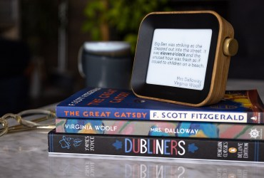 Mark your hours with thousands of literary quotes with The Author Clock