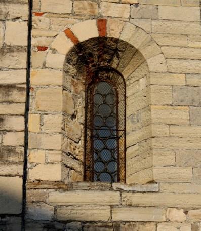© Photo by ROBERTO ALBORGHETTI - St.John Baptistery, Lenno, Lake Como, Italy (10) (557x640)
