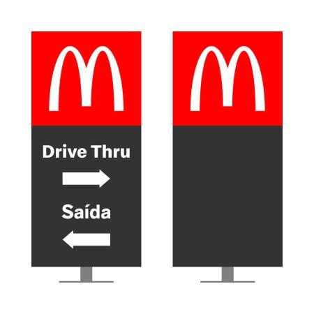 DIRECIONAL MODELO GA VAZADO - FACE 1: DRIVE THRU SETA DIREITA SAÍDA SETA ESQUERDA / FACE 2: SEM TEXTO