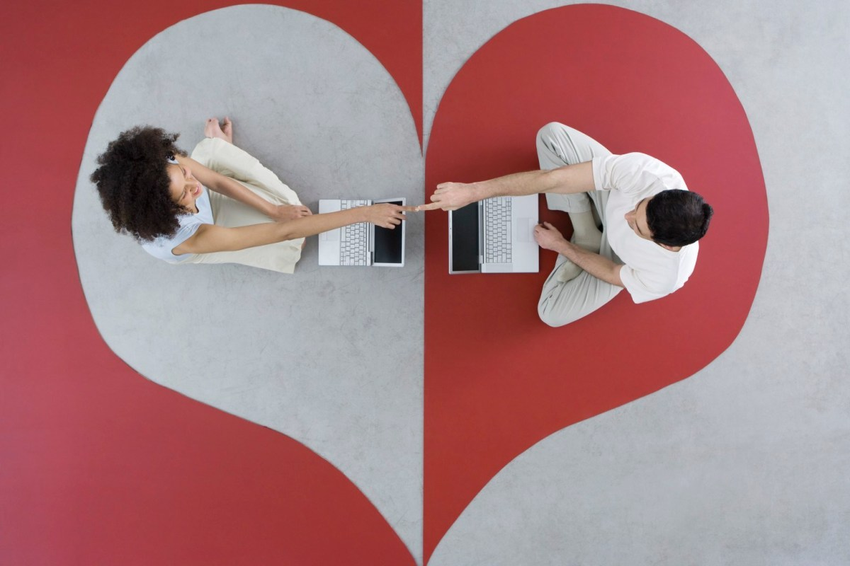Online Dating Vs Offline Dating, Simak Penjelasannya