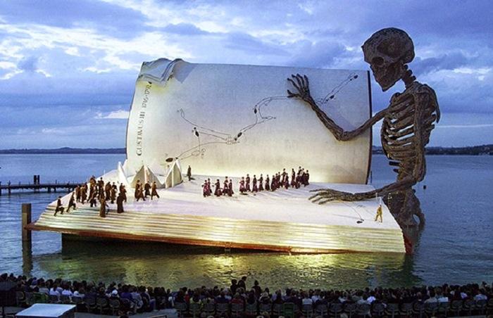 Escena de Un ballo in Maschera para el Festival de Bergenz