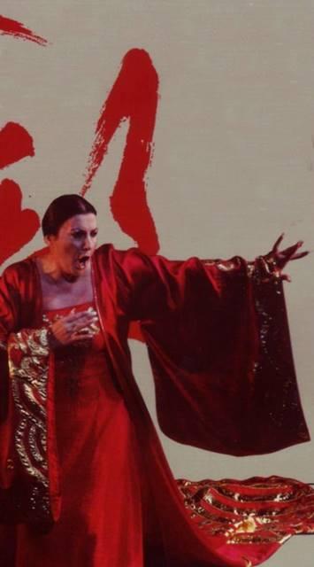 Turandot de Puccini desde Valencia
