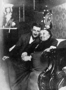 Luigi Medici poeta con la madre Teresa