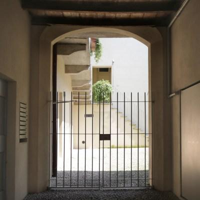 Androne d'ingresso da via Bernabò Visconti