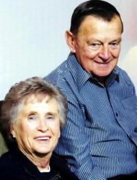 Merv & Joyce Leach (photo 2011)