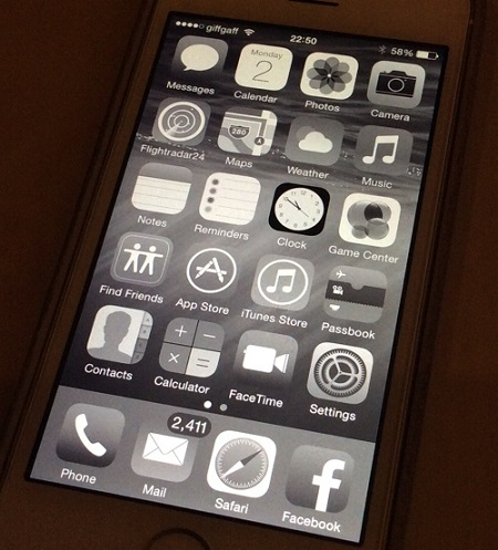 grayscale mode ios 8