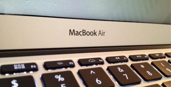 Un nuevo Macbook Air de 15″ ¿para el mes de Abril?