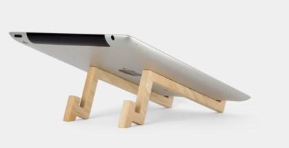 Soporte para iPad de madera, por 'nubüro