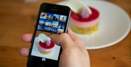 Analog-Camera-1.0-for-iOS-Lifestyle-Camera-Roll-570x380