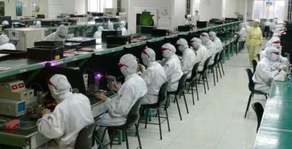 explotación-trabajadores-Lavoratori-apple-530x290