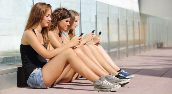 ¿Cuánto tiempo al día usas tu smartphone? [Encuesta]