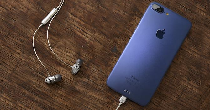 Nueva maqueta del iPhone 7 Plus para promocionar los futuros auriculares