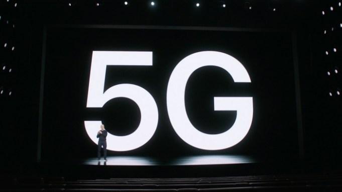 Tim Cook presenta 5G en los iPhone