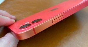 iPhone 12 decoloracion
