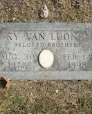 KyVan Luong gravestone