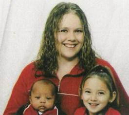 Lisa McCuddin with son Davontrez and daughter Markasia