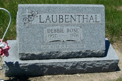 debbie-laubenthal-gravestone