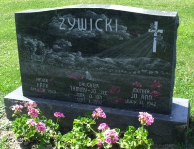 Tammy Zywicki gravestone