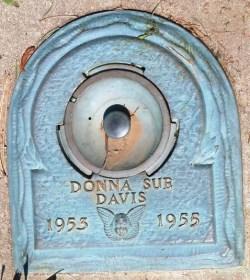 donna-sue-davis-gravestone