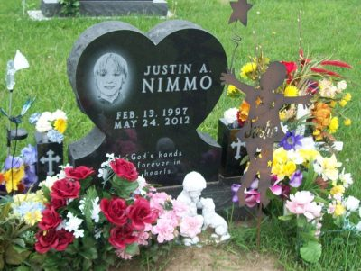 Justin Nimmo's gravestone