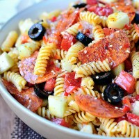 The BEST Pasta Salad (Video)
