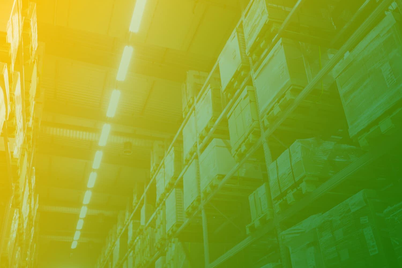 Asset Tracking in der Intralogistik, Lagerhalle