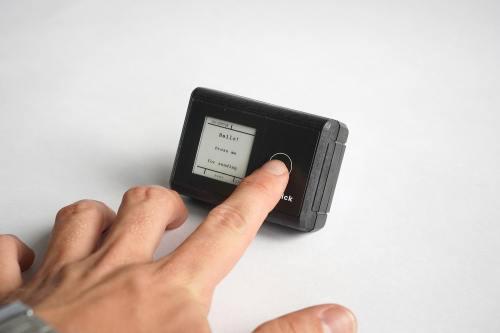 smart.click mit Hand klein