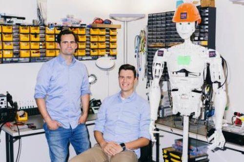 IOX in The Hundert und Forbes: Robert Jänisch und Andreas Bell im IOX LAB