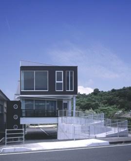 海の見えるお寺 (2)
