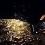 Apple Japan、水にインスパイアされたPR動画「iPhone XSで撮影 — Experiments III:WATERCOLORS」とそのメイキング動画を公開!