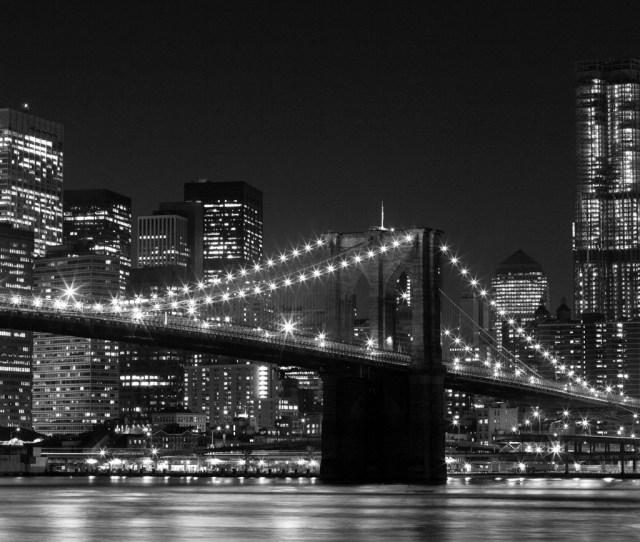Brooklyn Bridge In Black White By Totally Sweet Photos Totallysweetphotos Black White Brooklyn Bridge At Night Ipad Wallpaper