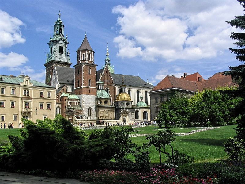 Wawel castle in Krakow, Poland, beautiful castle building with a green park