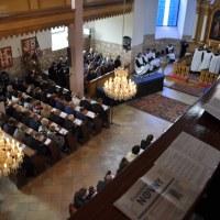 Augsburško vjeroispovijedanje – O CRKVENIM OBREDIMA (članak 15)