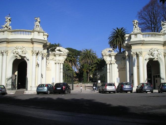 L'ingresso storico del Bioparco il giardino zoologico di Roma