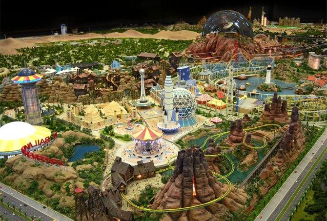 Il mega progetto Dubailand negli Emirati Arabi