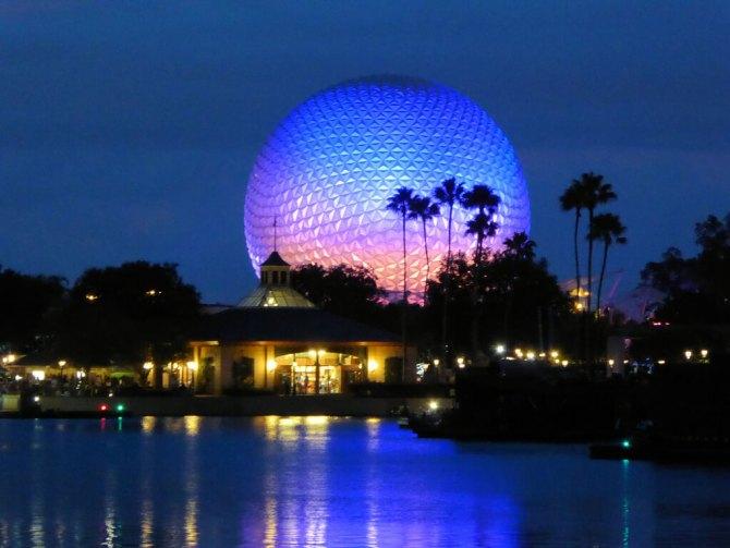 Spaceship Earth, la gigantesca sfera geodetica simbolo di Epcot
