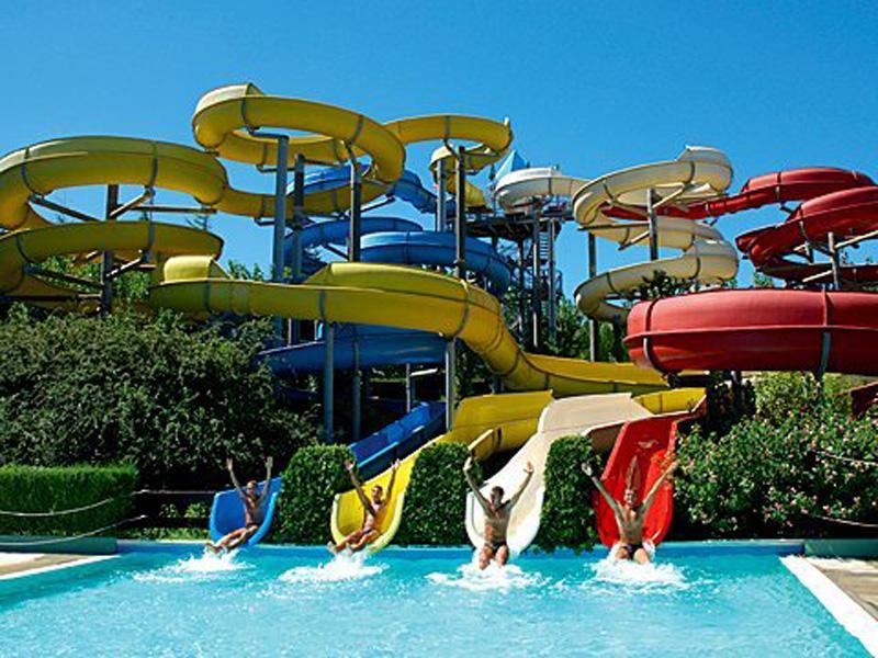 Il 17 giugno riapre il parco acquatico Aqualand del Vasto
