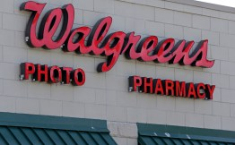 1/3 FREE 8X10 PHOTO At Walgreens!