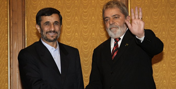 Lula e o presidente do Irã, Ahmadinejad (Foto: Ricardo Stuckert / PR)