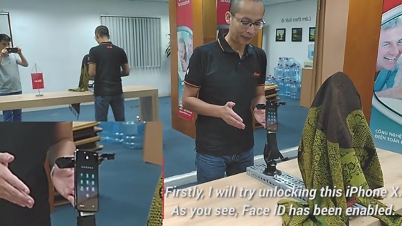 iPhone X Face ID マスク 突破