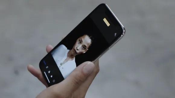 iPhone X ポートレートセルフィー