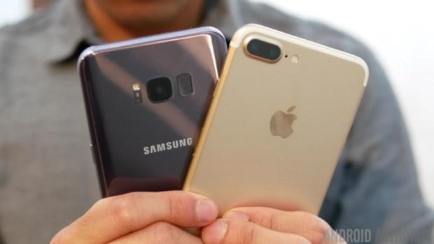 S8-vs-iPhone-7-Plus