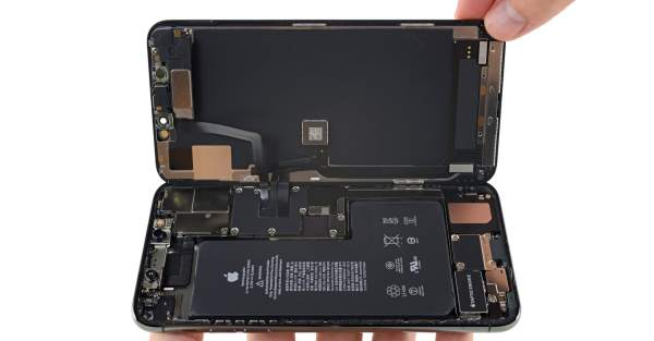 iPhone 12 to Sport Smaller Batteries