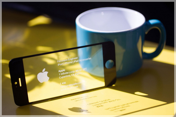 iPhone-Glass-Card