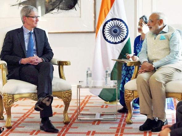 apple tim cook india