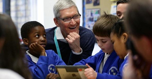 لماذا تهتم الشركات التقنية بمزايا ومنتجات الأطفال والطلاب؟
