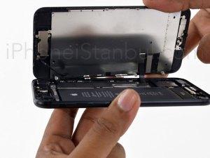 iphone-7-on-cam-degisimi-nerede-yapilir
